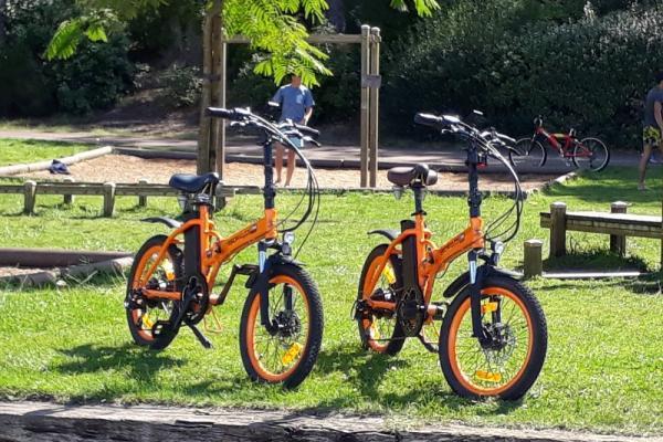 Vous cherchez un vélo pour votre bateau, avez-vous pensé au vélo électrique pliant ?