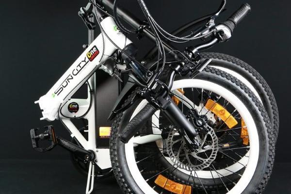 Découvrez les joies  des déplacements en vélos électriques pliants à Nantes et en Pays de Loire
